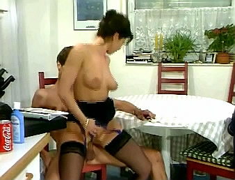 moeder en dochter sex slavin