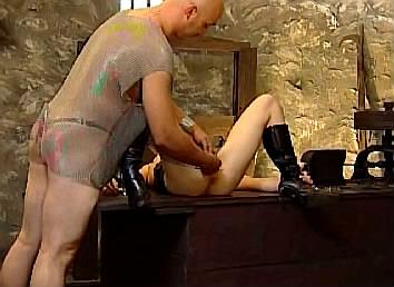 electro sex met vastgebonden sexslavin met mondgag