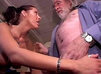 amateur sex schoonmoeder