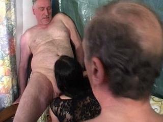 seksverhalen familie incest zusje