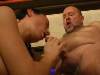 betrapt door familie sex filmpje