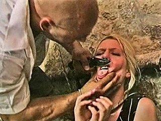 serie verkrachter dreigt tong af te snijden als meisje hem niet pijpt